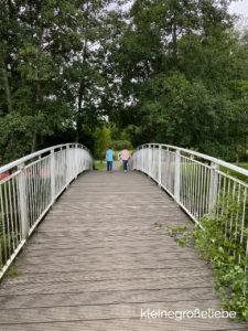 Kolding Legepark - Brücke am See